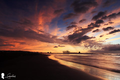 2015.8.22  (Steven Weng) Tags: sunset sky cloud canon landscape        skyfire   ef1740 efm  eosm  eos5d2