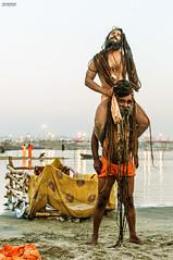 DSC_1663-copy (itzik.greenstein) Tags: india festival religious culture hinduism powerful chill rasta naga ceremonies ganges sadu kumbamela alhbd
