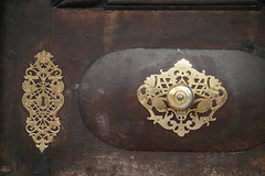 metal decorations (SergioBarbieri) Tags: door decorations porta duomo doorhandle brixen bressanone maniglia decori trentinoaltoadige metaldecorations