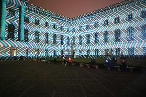 Beleuchtetes Hauptgebäude der Humboldt-Universität zu Berlin [V/VII]
