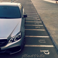 pick up (MadVette) Tags: benz automotive kuwait q8 madvette kuwaitartphoto mad auto cars kuw w212 mercedes mercedesbenz e63