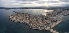 Luftpanorama von Syrakus / Airpanorama of Siracusa (falk.petro) Tags: panorama italien quadrokopter drone fromabove sicilia italy drohne sizilien sicily italia flickr