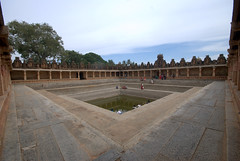 The sacred tank and the surrounding corridor (VinayakH) Tags: bhoganandeeshwaratemple karnataka india temple nandihills chikkaballapura chola ganga hoysala tipusultan religious historic