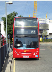 GAL E41 - LX56ETE - NORTH GREENWICH STATION - TUE 13TH SEPT 2016 (Bexleybus) Tags: go ahead goahead london north greenwich station bus adl dennis enviro 400 e41 lx56ete tfl route 132