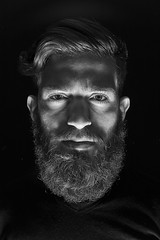 Beards (rafaelhabermann) Tags: barbeiro barber beard beardboy bearded rafaelhabermann photographer fotografo ruivo rafaelhabermanncom urso badboy portrait retrato onelight 50mm bear