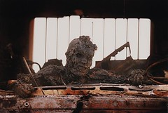 "#The charred body of an Iraqi soldier on the ""Highway of Death"", 1991 [1600x1073]--photo by Kenneth Jarecke #history #retro #vintage #dh #HistoryPorn http://ift.tt/2eK2iCq (Histolines) Tags: histolines history timeline retro vinatage the charred body an iraqi soldier highwayofdeath 1991 1600x1073photo by kenneth jarecke vintage dh historyporn httpifttt2ek2icq"