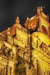 CATEDRAL METROPOLITANA. (NIKONIANO) Tags: mxico cddemexico catedralmetropolitana lacatedral fotografanocturna largaexposicin mexicano arquitecturareligiosa barroco nikoniano sergioalfaroromero torres edificiosiluminados enmxico enlacddemxico elbarroco paseonocturnomxico
