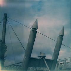 La passerelle d'Agen (Martin PEREZ 68) Tags: passerelle bridge pont aquitaine agen garonne lotetgaronne polaroid polaroidsx70 sx70 impossibleproject instant instantan instantfilmcolor