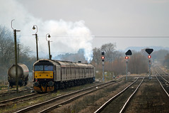 47854 'Diamond Jubilee' TnT 47804 (Fat Bastard Photography) Tags: 47854 diamond jubilee tnt 47804 settle down barnetby sidings for afternoon after completing first leg the christmas cracker railtour linlithgow lincoln central
