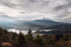 A Ray of Light (Yuga Kurita) Tags: fuji fujisan fujiyama mount mt japan landscape nature yamanashi morning