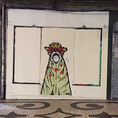 (Locas) Tags: porto wildhearts lifestyle memoriasvida simpleliving fearless travel passear viajar portugal urban art urbanart