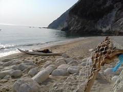 20150814_083843 (carlogiov@gnoli) Tags: sea beach kayak kayaking conero spiaggia adriatico kayaker qajaq rivieradelconero cardeto 2sorelle