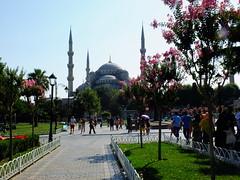 The Blue Mosque (Lucia ;)) Tags: cruise sunset turkey basilica spice istanbul palace mosque spices delight bazaar bluemosque topkapi taksim sophia bazar turkish bosphorus galata hagia delights cisterna