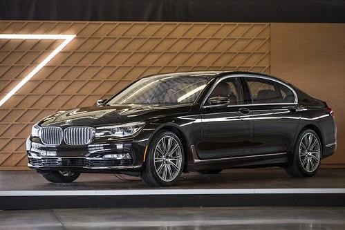 2016 BMW 750i xDrive Sedan Test Drive Event