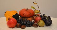 Colori d'autunno (francesca_siccardi new profile) Tags: autumn stilllife colors pumpkin uva autunno colori zucca melograno castagne naturamorta