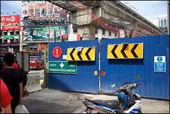 151206 Bukit Bintang 8 (Haris Abdul Rahman) Tags: leica weekend sunday streetphotography malaysia kualalumpur bukitbintang leicamp summiluxm35 federalterritoryofkualalumpur harisabdulrahman harisrahmancom xmas2015 fotobyhariscom