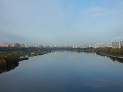 - (Horosho.Gromko.) Tags:      moscow moskvariver river city morning dawn