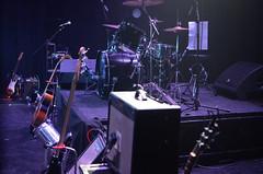 La Mujer Pjaro (Noxi.) Tags: digital music concert concierto msica toque band banda rock instruments musicinstrument guitar bass drums lights indoor luces escenario trastienda latrastienda montevideo uruguay nikon nikond7000 nikkor 35mm