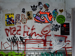 HH-Wheatpaste 3085 (cmdpirx) Tags: hamburg germany reclaim your city urban street art streetart artist kuenstler graffiti aerosol spray can paint piece painting drawing colour color farbe spraydose dose marker stift kreide chalk stencil schablone wall wand nikon d7100 paper pappe paste up pastup pastie wheatepaste wheatpaste pasted glue kleister kleber cement cutout