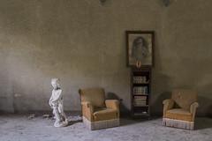 gardiandAngel (FoKus!) Tags: ngc urbex abandon left decay italy italia europe ue eu verlaten palazzo del nobile abandoned abbandonata empty derelict