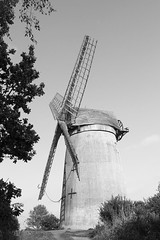 The windmill (N-woods) Tags: bidstonhill bidstonwindmill wirralpeninsula windmill blackandwhite