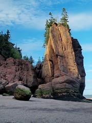 Pillar, Hopewell Rocks, New Brunswick (nelhiebelv) Tags: hopewellrocks newbrunswick canada bayoffundy
