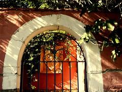 Escudo (camus agp) Tags: rejas fachadas verjas escudos casa malaga espaa plantas puerta villa