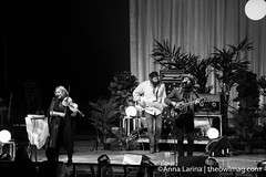 The Head and the Heart @ The Greek Theater 100716 24 (The Owl Mag) Tags: theheadandtheheart signsoflight thetallestmanonearth seattle sweden losangeles warnerbrosrecords greektheater annalarina
