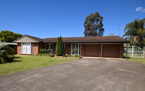 9 Wilari Close, Bomaderry NSW 2541