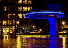 Helmond (Hans Buwalda) Tags: vue canon 2016 plein station eindhoven brabant helmond avond night