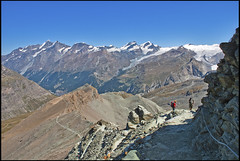 The way to the refuge of Matterhorn & Hörnli (The Hörnli Hut  ,Hörnlihütte ,)No, 1666. (Izakigur) Tags: hörnlihütte helvetia liberty izakigur flickr feel europe europa dieschweiz d200 ch lasuisse musictomyeyes nikkor nikon nikond200 suiza suisse suisia schweiz romandie suizo swiss svizzera سويسرا laventuresuisse lepetitprince myswitzerland landscape alps alpes alpen zermatt matterhorn cervin cervino switzerland schwyz suïssa nikkor1755f28 berghaus berghausmatterhornhörnlihütte שווייץ nature valais kantonwallis cantonduvalais