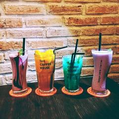 Enjoy life #travel #saigon #vietnam #night #drink #soda #tea #smothies #blueberry #pink #blue #yellow #colors #light #chat #friend #evening #wander #late #coffeehouse #station #inspiration #myphoto #hc_photo #myphone #lg_g3 (Hi_Cao) Tags: blue vietnam lgg3 evening soda station light blueberry tea late drink inspiration myphone coffeehouse smothies pink wander night myphoto colors hcphoto chat saigon yellow friend travel