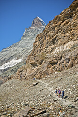 The  way to the refuge of Matterhorn & Hrnli (The Hrnli Hut ,Hrnlihtte ,)1. 9. 2009. Fix You No : 1377. (Izakigur) Tags: helvetia myswitzerland musictomyeyes zermatt swiss suiza suisia suizo sussa summer svizzera switzerland d200 nikkor nikkor1755f28 dieschweiz matterhorn cervin cervino hiking ttherefugeofmatterhornhrnlithehrnlihut hrnlihtte192009fixyou