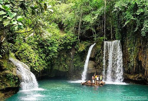 Playful. Tourists play around in #kawasanfalls in #Cebu #Philippines. #getgo  #landscape  #travel #sonya6000