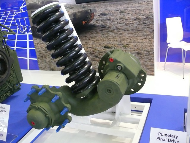merkava_4_eurosatory_2010_suspension (3)