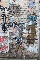 Street art off Fashion Street (mahtieuc) Tags: artderue arturbain endless london shoreditch streetart urbanart londres england royaumeuni gb fashionstreet
