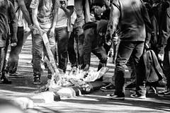 Santiago de Chile (Alejandro Bonilla) Tags: bw blancoynegro bn blackandwhite chile city ciudad chilenos monocromo monocromatico calle santiago street santiaguinos sam santiagochile santiagocentro