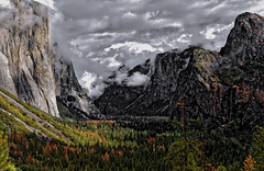 November. Yosemite National Park. (Hanna Tor) Tags: autumn fall november yosemite hannator landscape mountains forest wood 7dwf