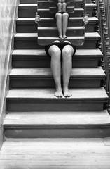 (Antonio Gutirrez Pereira) Tags: retrato vida cielo reflejo infinito escaleras piernas piso subie surrealismo peldao