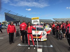Gordon Shedden's car on the BTCC grid at Rockingham, September 2015 (MarkHaggan) Tags: grid track circuit motorracing motorsport btcc rockingham gridgirl rockinghammotorspeedway shedden gordonshedden rosicouzens btcc2015