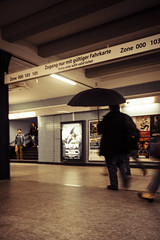 Umbrella in the Station (MoWePhoto.de) Tags: umbrella hamburg ubahn hvv nahverkehr regenschirm onemonthonelens