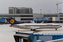 Lufthansa Boeing 727-230/Adv D-ABKQ (Kambui) Tags: germany airplane deutschland airplanes lh lufthansa frankfurtammain aviones avions flugzeuge rheinmain  avies eddf aeroplani kambui