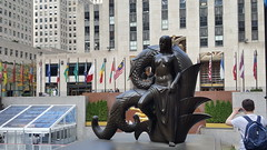 2016-10-19 - Rockefeller Center - Mankind - Maiden by Paul Manship (zigwaffle) Tags: 2016 nyc newyorkcity manhattan timessquare rockefellercenter saintpatrickscathedral fifthavenue wretchedexcess centralpark
