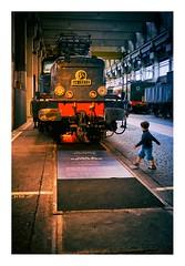 Grand train Paris 3 (Marie Hacene (trs occupe, fait des licences de) Tags: grandtrainparis grandtrain bar phmre paris locomotive