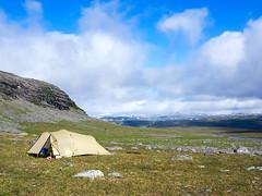 Eisig (~janne) Tags: berge europa kamera umwelt camp camping em1 environment europe lappland omd schweden tent zelt nordland norwegen se