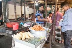X106_4585 (bandashing) Tags: night nightlife food foodporn fastfood cafe samosa streetfood crude rudimentary unhygienic tea kettle black fire cook street sylhet manchester england bangladesh bandashing aoa socialdocumentary akhtarowaisahmed
