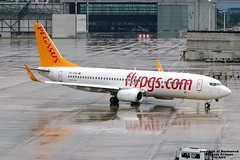 TC-AAU LSZH 31-07-2016 (Burmarrad) Tags: airline pegasus airlines aircraft boeing 73782r registration tcaau cn 40873 lszh 31072016
