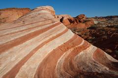 Banding (tourtrophy) Tags: firewave valleyoffirestatepark valleyoffire nevada sandstones desert canoneos7d canonefs1022mmf3545usm
