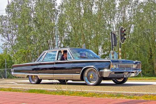 Chrysler New Yorker Town Sedan 1966 (1259)