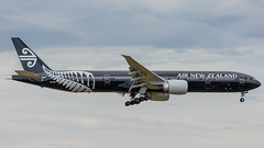 21-11-2016 (williamreidphotography) Tags: anz airnewzealand boeing airbus 777 773 a330 a333 a3320 738 737 retroroo airnorth china airchina chinaeastern skyteam singapore ximan airlines airliners airindia 788 787 sq qf qantas aviation avgeek rex saab e170